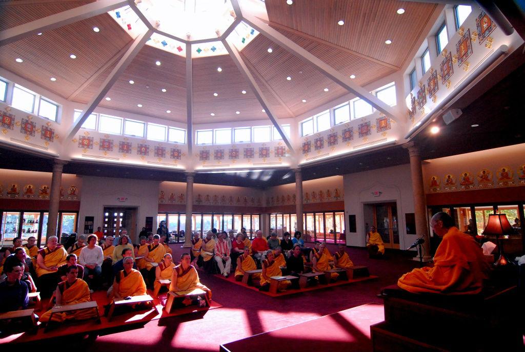 Tempel am Majushri Kadampa Meditationszentrum England